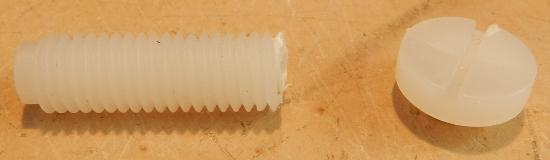 Figura 1 - Parafuso de polietileno, quebrado.
