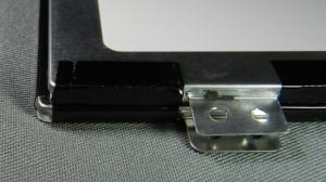 Figura 1 – Diferença entre o painel de LED original e o substituto (lado esquerdo).