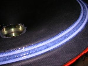 Figura 41 – Aplicação de gel na borda do cone. Não é cola branca.