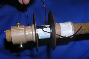 Figura 12 – Modo de colocar o fio esmaltado.