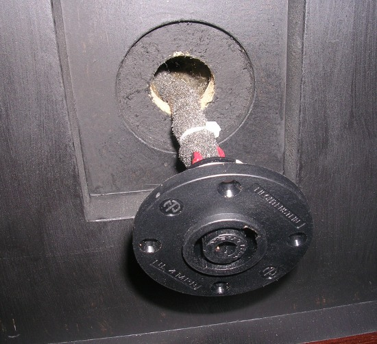 Figura 25 – Montagem do conector traseiro.