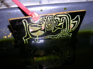 Figura 28 – Corrosão quase concluída.