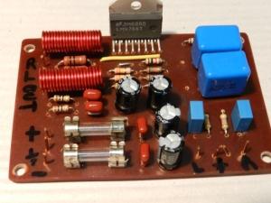 Figura 43 – Placa do amplificador pronta, com os terminais já identificados.