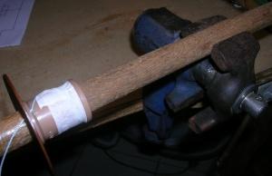 Figura 7 – Fixação da ferramenta em uma morsa.
