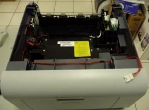 Figura 21 – Aparência da impressora desmontada, ainda com os dois painéis laterais.