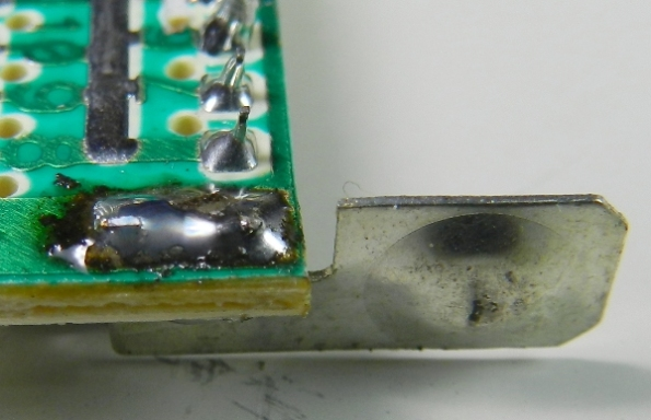 Figura 9 – Placa de contato remontada.