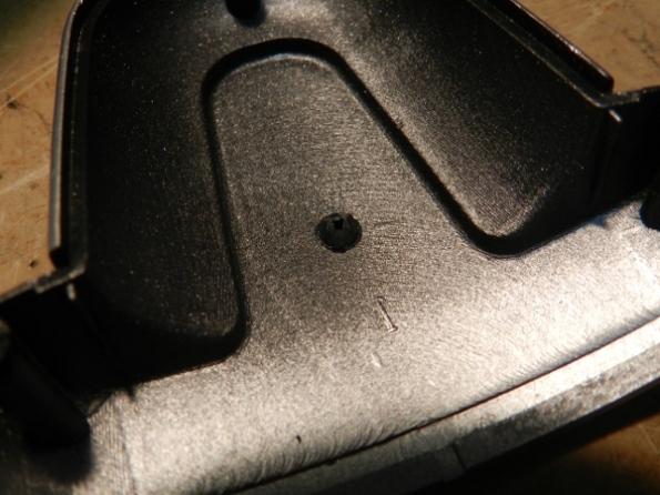 Figura 45 – Compartimento inferior dos LEDs após remoção da ilha plástica.
