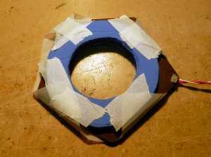 Figura 28 – Fixação das abas da folha na face posterior do anel.