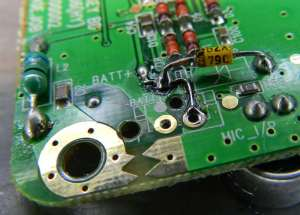Figura 7 – Trilha soldada, junto com o diodo zener.