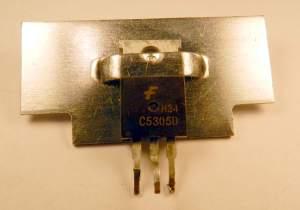 Figura 68 – Modo de fixar dissipador aos transistores I.