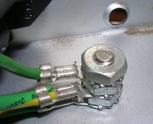 Figura 14 – Aterramento de fonte chaveada para computadores.