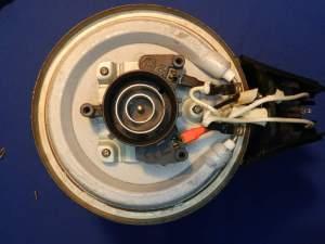 Figura 6 – Vista da conexão da jarra, sem a tampa inferior, após a manutenção.