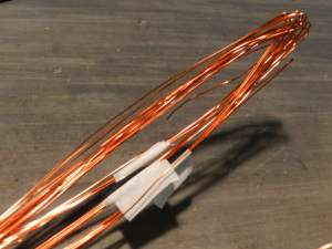 Figura 37 – Separação de 5 em 5 espiras, para evitar o amontoamento do fio.