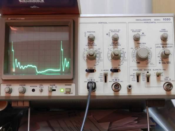 Figura 101 – Oscilograma 40KHz, sem capacitor.