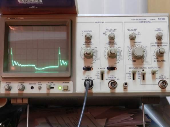 Figura 102 – Oscilograma 40KHz, com capacitor.