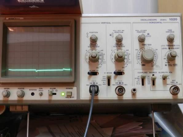 Figura 103 - Oscilograma 40Hz, sem capacitor.