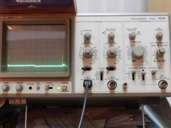 Figura 105 – Oscilograma 4KHz, sem capacitor.