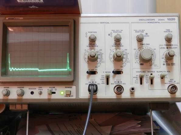 Figura 106 – Oscilograma 40KHz, sem capacitor.