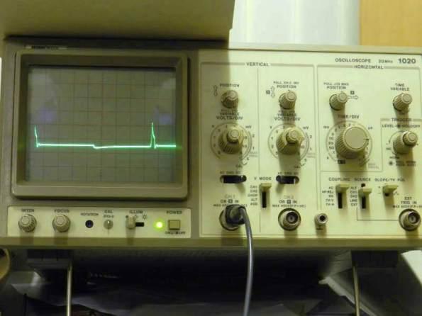 Figura 109 – Teste do circuito de carga dinâmica em uma bateria de 12V, 7Ah, completamente carregada.