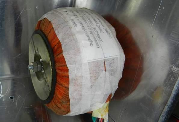 Figura 22 – Transformador rebobinado, já montado na fonte.