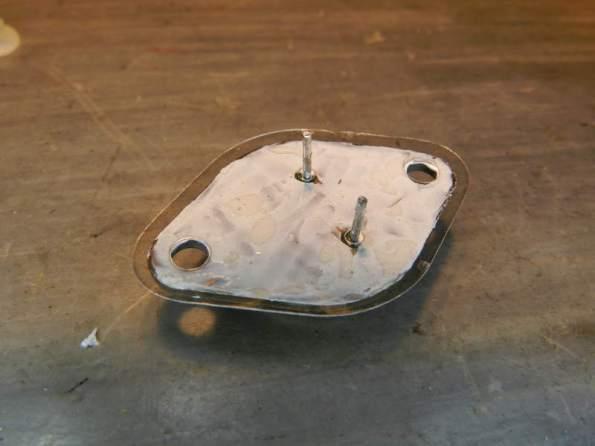 Figura 46 – Colocação da mica isolante.