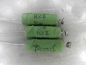 Figura 61 – Resistores de emissor com um dos terminais enrolados.