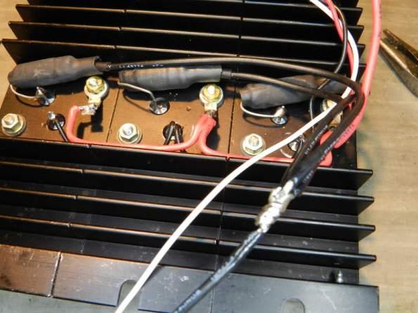 Figura 65 – Resistores de emissor montados no módulo de potência.