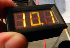 Figura 7 – Voltímetro ligado, com as películas.