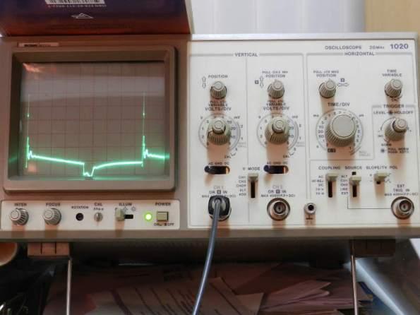 Figura 99 – Oscilograma 4KHz, sem capacitor.