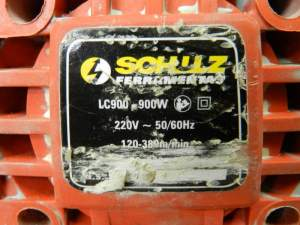 Figura 28 – Etiquera de lixadeira de cinta Schulz, de 900W.