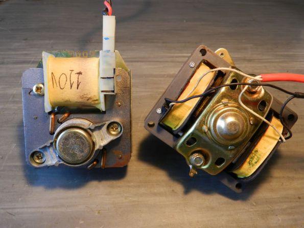 Figura 51 – Motores de indução de polo sombreado, de antigos toca-discos.