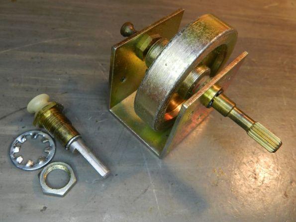 Figura 59 – Eixos de sintonia sem e com o volante (contrapeso), respectivamente.