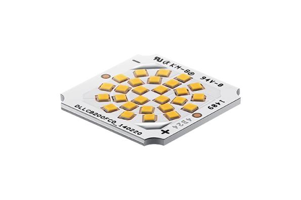 Figura 23 – Módulo de LED COB da Samsung, modelo FCOM, que utiliza LEDs flip-chip, cobertos com camadas individuais de fósforo. Fonte: Samsung [54].