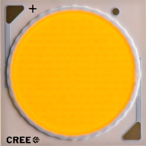 Figura 24 – Módulo de LED COB da Cree da família CXA, que emprega camada única de fósforo para os chips. Fonte: Leds Magazine [55].
