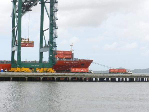 Figura 7 – Porto de Itapoá, SC, em 2014 - III.