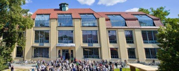 Figura 122 – Primeira sede da escola Bauhaus, em Weimar. Fonte: Bauhaus-Universität Weimar [394].
