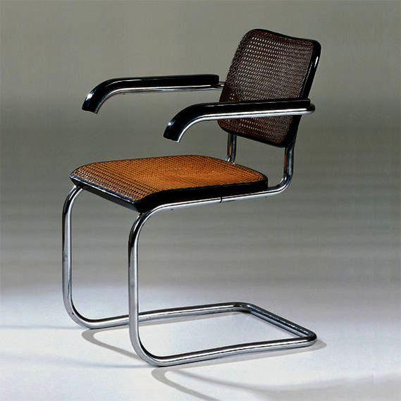 """Figura 134 – Cadeira B 64 """"Cesca"""" (em homenagem à filha adotiva de Marcel Breuer, Francesca), 1928. Fonte: Vitra Design Museum [413]."""