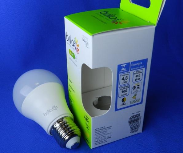 Figura 5 – Lâmpada LED Brilia de 4,8W, bulbo A60 leitoso, certificada pelo INMETRO.