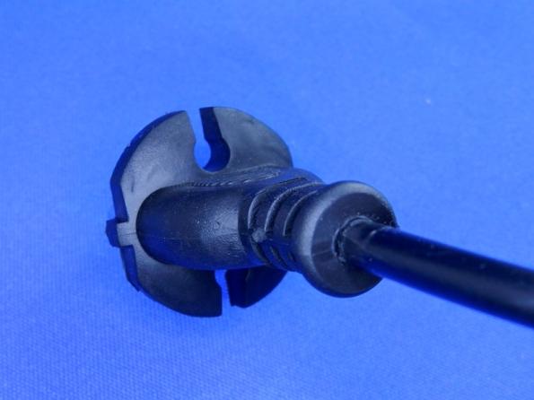 Figura 10 – Vista traseira do plugue CEE 7/17 do fogão de indução.