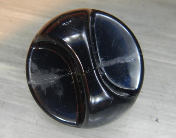Figura 30 – Vista frontal do botão do temporizador, onde a trinca está visível.