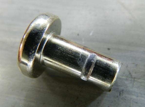 Figura 8 – Mancal do espaçador, com a marca do atrito da haste deslizante.