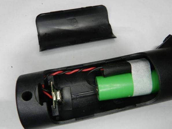 Fig. 30 – Colocação da tomada USB na raquete.