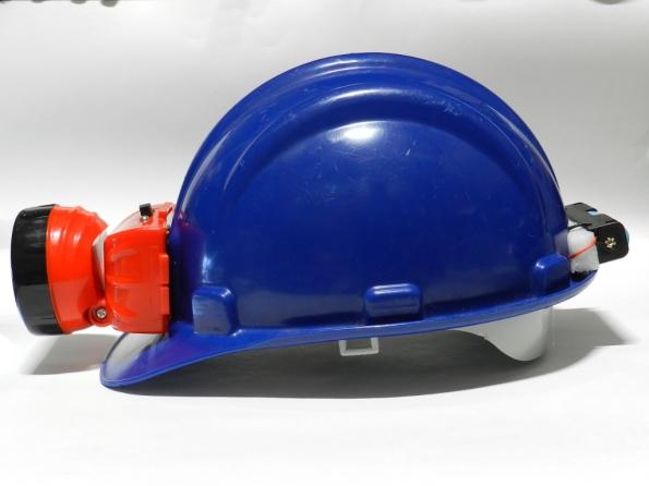 Fig. 28 – Vista lateral do capacete, após a adaptação.